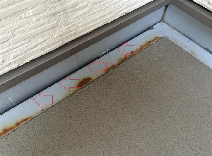 床と立上りの隙間