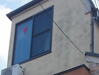 横浜市青葉区荏田西にてモルタル外壁の点検調査、モルタルの汚れの付着は塗装することで抑えることができます