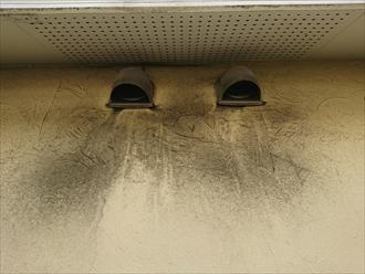 ベントキャップ下も排気で汚れが多く付着してしまっています