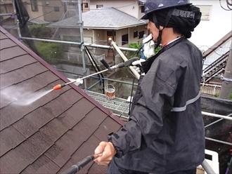 屋根と外壁の塗装工事が横浜市保土ケ谷区で始まりました