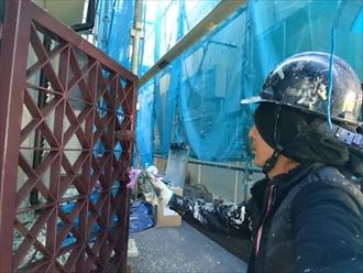 屋根と外壁と一緒に鉄骨製の門扉も塗装します|川崎市多摩区
