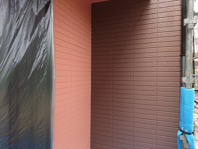 横浜市緑区で外壁塗装、パーフェクトトップで塗り分け!色は日塗工J15-40D
