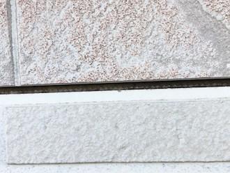 横浜市鶴見区朝日町にてお住まいの点検調査、窯業系サイディングでは塗装以外にも目地のメンテナンスが必要です