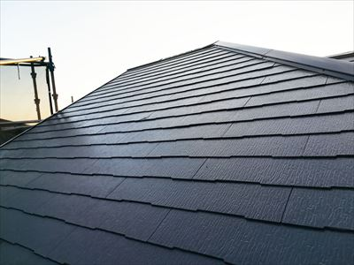 クールジェノバブラウンでの屋根塗装