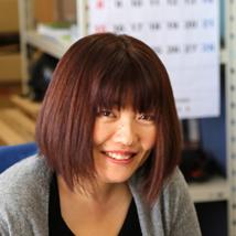 鈴木 身江子バストアップ画像
