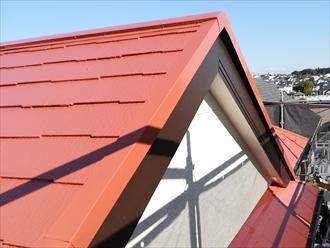 屋根と外壁、付帯部の色合い