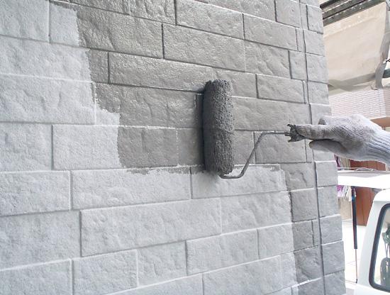 外壁塗装~中塗り~