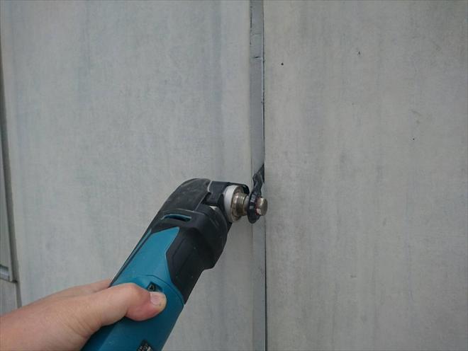 横浜市泉区領家でコンクリートの外壁塗装と一緒に目地の打ち換え工事