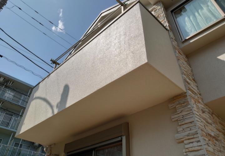 横浜市泉区中田南にて、築13年のモルタルをパーフェクトトップ(ND-371)で塗装を行いました