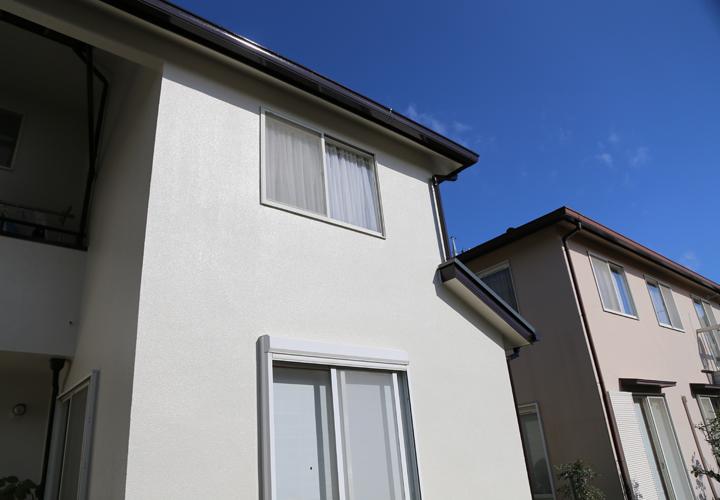 モルタル外壁の住宅