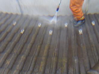 セメント瓦屋根への屋根塗装、洗浄