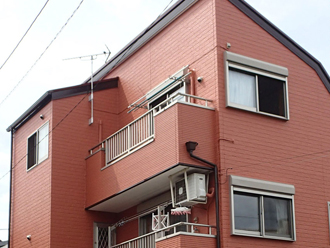 暖色の外壁塗装