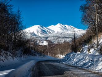 凍結している道路