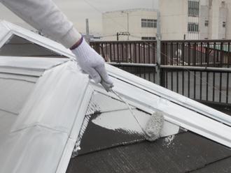 秦野市 屋根塗装 下塗り