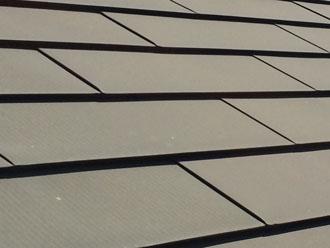海老名市河原口のお住まいの点検調査、金属屋根は塗装をすることで錆を防ぐことができます