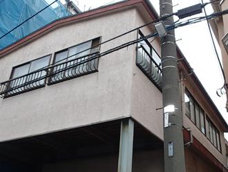 三浦市南下浦町にて築18年で劣化したモルタル外壁をパーフェクトトップを使用して塗装工事を行いました、施工前写真