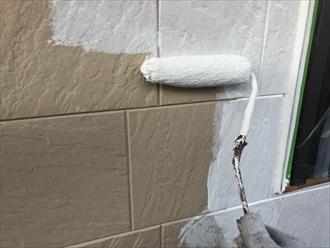 日本ペイントさんのパーフェクトサーフを使って下塗り開始
