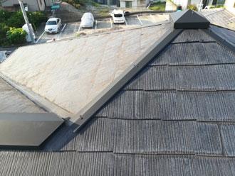 塗装前のスレート屋根
