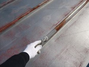 金属屋根 錆止め塗布