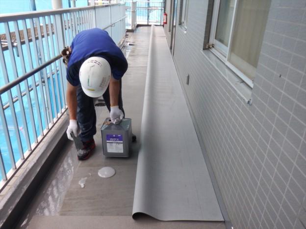 マンション外壁塗装・防水工事|共用廊下長尺シート|神奈川県座間市