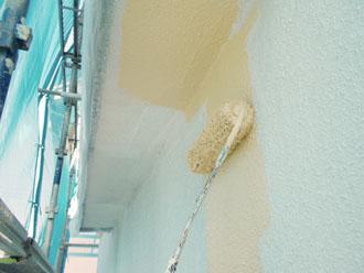 川崎市 外壁塗装 中塗り
