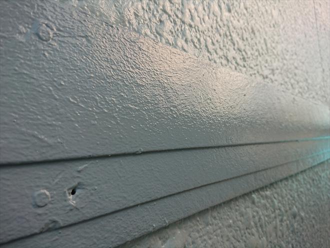 28年経った木部でも、きちんと塗ればこのように綺麗に仕上がります。腐食がひどい場合は、板金巻きなど違う工法で幕板を守る手段も御座います。