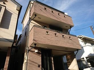 築16年一度も塗装をしていない窯業系サイディングを使った外観の様子