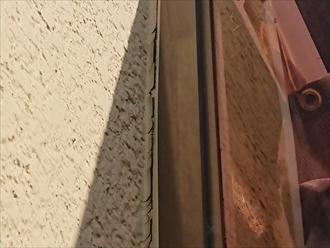 横浜市瀬谷区三ツ境にてサンルームが取り付けられている外壁調査、シーリングが劣化しており雨漏りの心配がございました