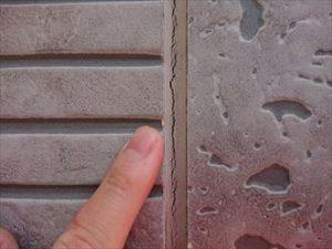 窯業系サイディングはシーリングの劣化が雨漏りを引き起こす事があります