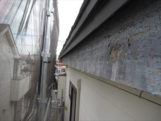 木製の破風板や鼻隠し板の塗膜が剥がれるなら破風板板金巻き4