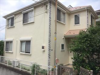 横浜市港北区新吉田町でスレート屋根とモルタル外壁のメンテナンス、サーモアイ4F(クールビンテージローズ)とプレミアムシリコン(AC-1400)を使用して屋根外壁塗装、施工後写真