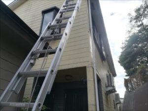 屋根調査へ