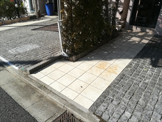 玄関前タイルスペース