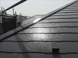 屋根:クールダークグレー