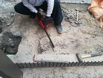川崎市高津区|カーポート設置のための解体工事の様子