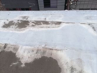 シート防水の破れ