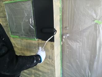 横浜市中区羽衣町にて外壁タイルの目地を埋めて塗装を行いイメージチェンジ