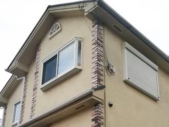 小田原市中曽根にて築15年になるお住まい、スレート屋根にはサーモアイSiを、モルタル外壁にはパーフェクトトップで塗装工事を行いました、施工前写真