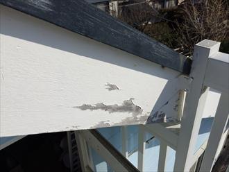 建物木部の塗膜剥がれ①