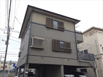 横浜市港南区外壁はファイングラシィSiとエラストコートで屋根はサーモアイ4F、施工前写真