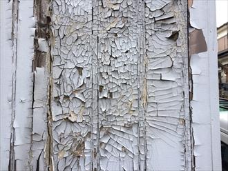 建物木部の塗膜剥がれ②