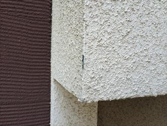 モルタル壁コーナーの剥がれ