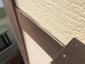 横浜市南区で外壁調査、上から覗くと分かる幕板の傷み4