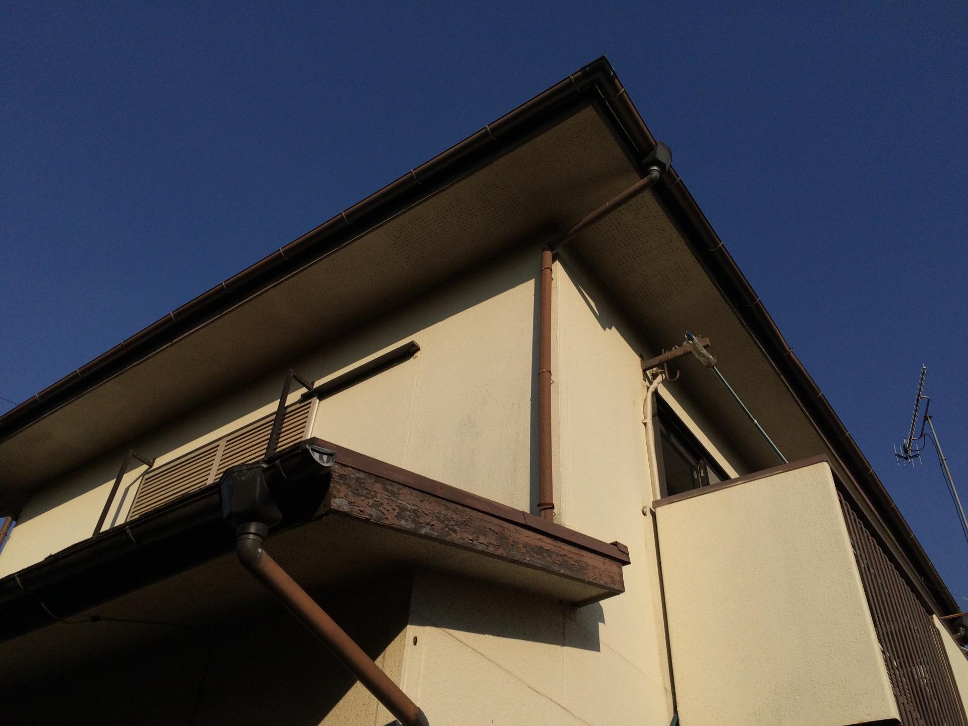 築年数の経過した屋根や外壁でも塗装メンテナンスは行うべき|横浜市中区、施工前写真