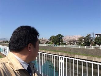 横浜市栄区外壁塗装の計画で表面の剥がれたサイディングは要注意