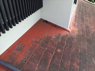 横浜市中区で屋根の調査、化粧スレートの劣化が進行しすぎると塗装の効果は期待できない2