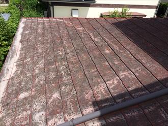 横浜市中区で屋根の調査、化粧スレートの劣化が進行しすぎると塗装の効果は期待できない1