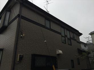 パーフェクトシリーズを使用した屋根外壁のメンテナンス|横浜市南区、施工前写真