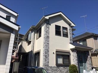 モルタル壁は亀裂が入りやすいので補修してパーフェクトトップで塗り替え|横浜市西区、施工後写真