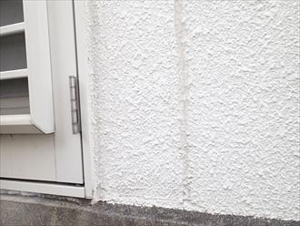 藤沢市でRC造の太い目地の調査